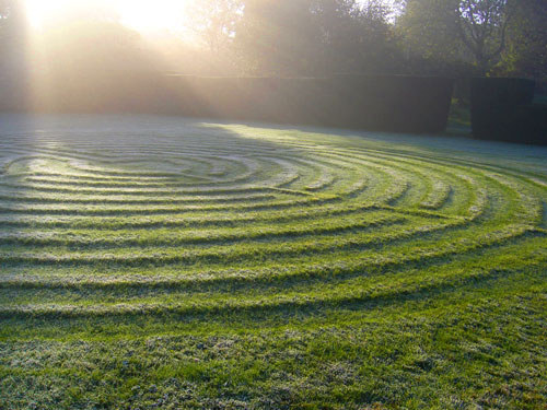 The Labyrinth at Burford Priory.