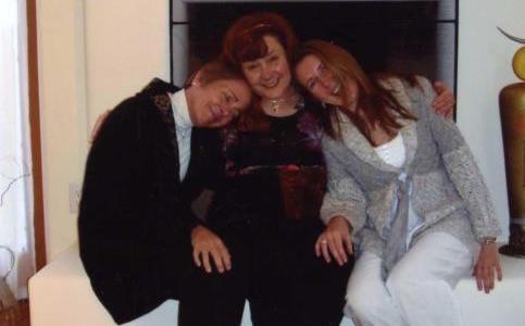 Elizabeth, Helen Noakes, and fellow Reiki Master, Tara Creaven, Santa Fe NM.